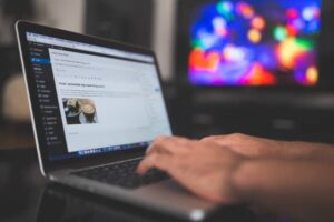 Blogging communication